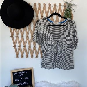 Striped v neck tie cleavage blouse